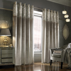 Delicate Curtains